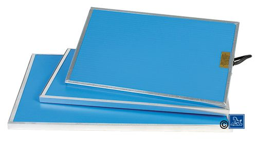Varmeelement 20X33.5cm 9W Comply With The Norm Ce:Iec 80884-1:94 + A1: (40-L0295)
