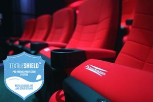 DreamScreen CINESEAT THEATRE MED TEXTILESHIELD RED FABRIC 3-SETER (CS_TH_RF_3S)
