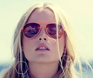 Bloomingville Luxalicious Solbrille - coral
