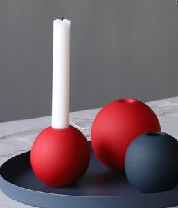 COOEE Ball Lysestake 10cm, DustyRed (389-ball-candlestick-dusty-red-10cm)