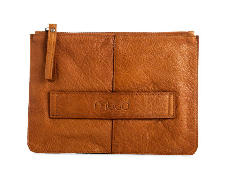 Muud Dust Clutch Brunt-skinn 16.5x23.5cm