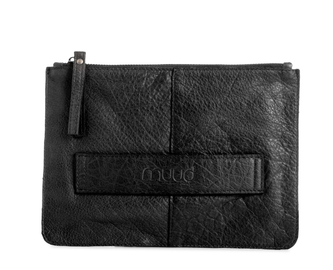 Muud Dust Clutch Sort-skinn 16.5x23.5cm