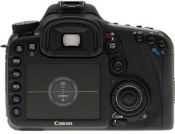 "EOS 7D SLR kamera med EF-S 15-85mm F/3.5-5.6 IS, 18MP, Full HD video, 3"" Clear View II LCD"