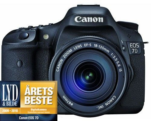 """EOS 7D SLR kamera med EF-S 18-135mm F/3.5-5.6 IS, 18MP, Full HD video, 3"""" Clear View II LCD"""
