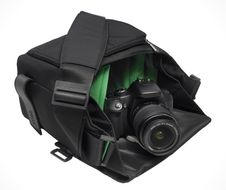 M camera bag Logan black
