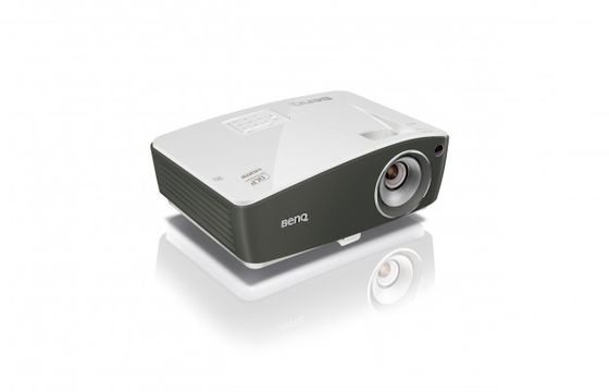 TH670s Football Mode Projector Full-HD 1080p, 3000 ANSI, 10.000:1, DLP